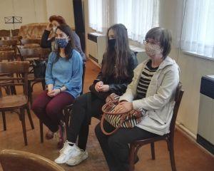 Účastníci v Husově domě